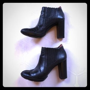 Cole Haan G Series Leather Booties Size 7